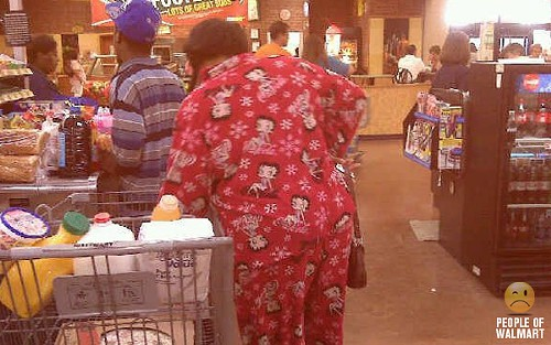 people_of_walmart_pajamas.jpg
